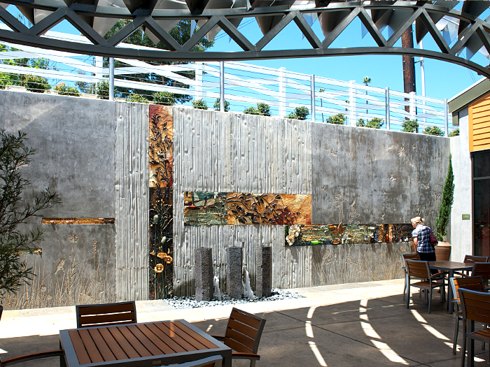 7_Fallbrook_Library_Garden_Room_wall